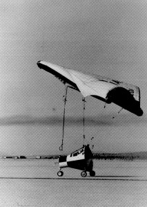 A half-scale Rogallo wing mated to a half-scale Gemini spacecraft. NASA Archives/http://amyshirateitel.com/