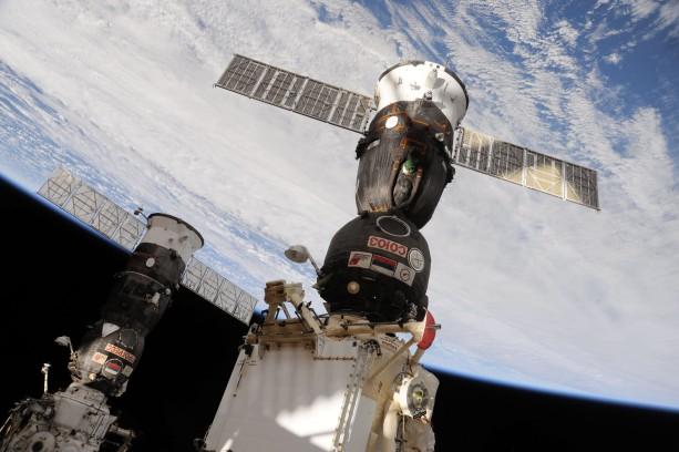 Soyuz_TMA-19_docked_to_the_Rassvet_Mini-Research_Module